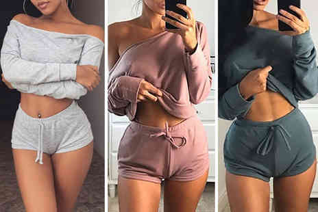 Backtogoo - An off shoulder loungewear set choose from five colours - Save 70%