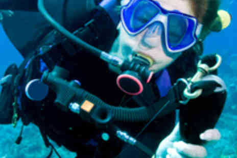 Subaquaholics - Two Hour Introduction to Scuba Diving - Save 64%