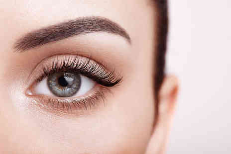 Chardae - Full set of classic eyelash extensions, Full set of hybrid eyelash extensions or full set of Russian eyelash extensions - Save 53%