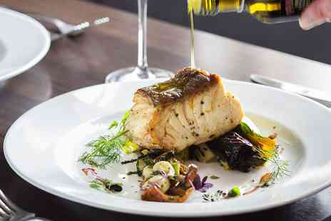 Kings Arms - Two Course meal and wine for 2 - Save 37%