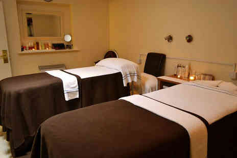 The Olde Barn Hotel - Three treatments, health club access and a mini bottle of Prosecco for one person - Save 63%