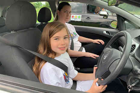 Driving Junior - 30 minute junior driving session or 60 minute session - Save 31%