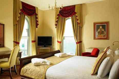 The Imperial Hotel - Overnight stay for two people with breakfast, leisure access and late check out - Save 39%
