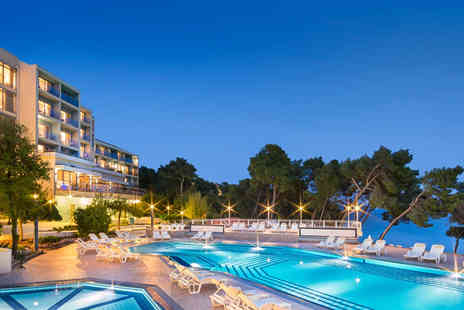 Super Escapes Travel - Three nights all inclusive Croatia beach holiday with return flights - Save 28%