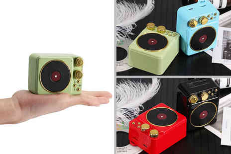 Magic Trend - Retro vintage Bluetooth speaker choose from four colours - Save 0%