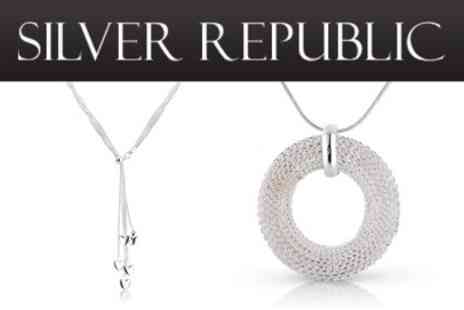 Silver Republic - Spend just £15 for £50 worth of Jewellery at Silver Republic - Save 70%