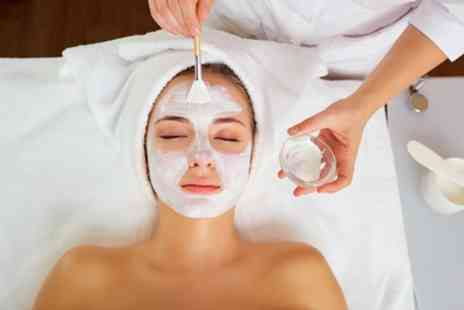 Nails And Cocktails - Choice of 45 Minute Facial or 90 Minute Oxygenation Facial - Save 76%