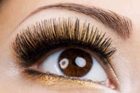 Absolute Nails And Beauty - Full set of semi-permanent eyelash extensions - Save 76%