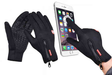 hey4beauty - Pair of windproof touchscreen compatible sports gloves - Save 65%