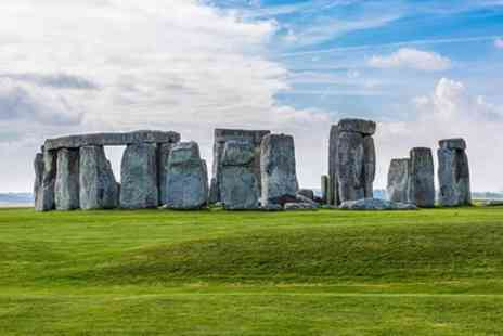 T & T Southampton - Stonehenge and Salisbury or Magna Carta Private Tour - Save 0%