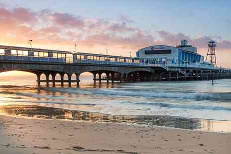 The Suncliff Hotel - Bournemouth clifftop stay with dinner and wine - Save 0%