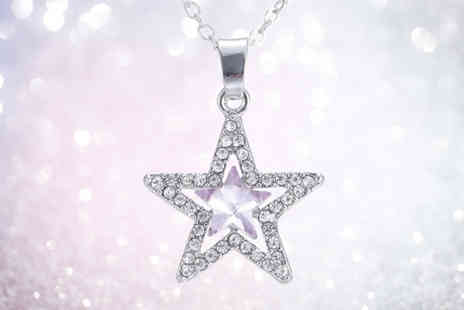 GetGorgeous - Crystal star pendant necklace - Save 75%