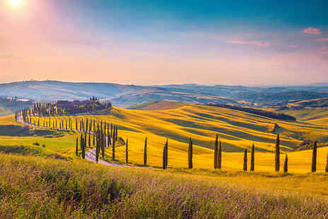 Crystal Travel - Four Star Six nights Tuscany getaway including flights - Save 33%