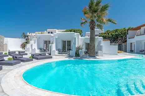Omnia Mykonos - Stunning Hotel with Stylish Interiors Just 200 Metres from the Beach - Save 20%