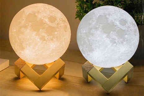 WowWhatWho - Led 3D moon lamp - Save 89%
