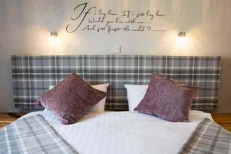 The Crown and Cushion - 1 or 2 Nights for Two with Breakfast, Dinner, Dog Admission and Dining Discount - Save 38%
