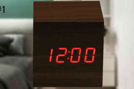 SecretStorz - Wooden Cube Led Voice Control Alarm Clock Choose from 3 Designs - Save 65%