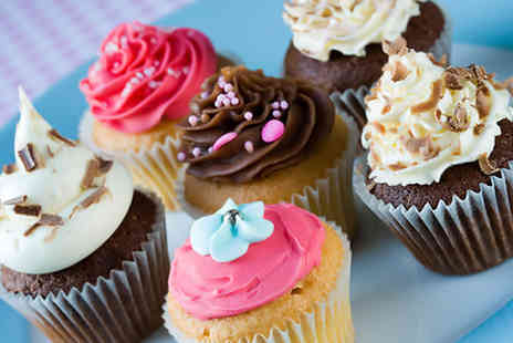 Celicious Cakes - 12 boxed handmade cupcakes - Save 67%