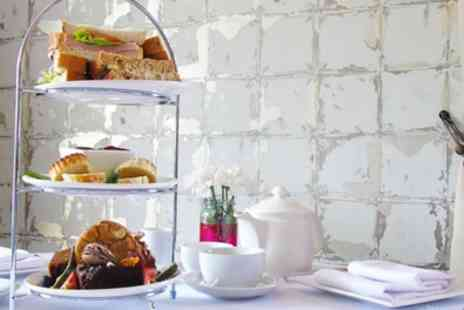 The Lion Hotel - Traditional, Sparkling or Festive Afternoon Tea for Two or Four - Save 50%