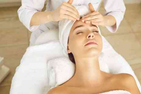 1118 IPL and Beauty Salon - 30 Minute Massage with Relaxing Facial - Save 64%